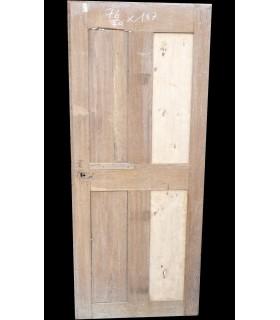 Porte 17 ème en chêne 79 x 187